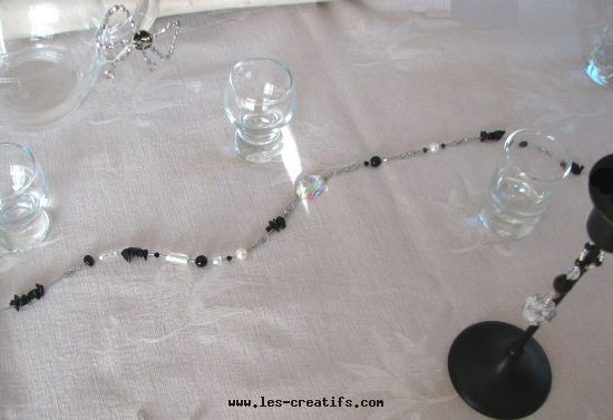Black and white crystal table garland