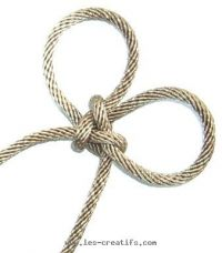 Decorative paracord flowers how to tie a chinese butterfly knot.