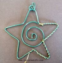 making a Christmas star from wire
