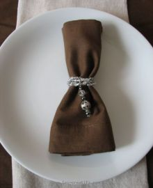 Elastic crystal bead napkin ring