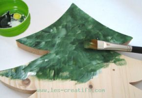 Painting a large wood fir tree